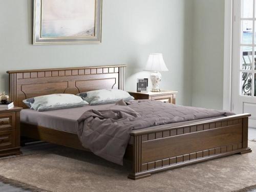 Кровать Венеция с основанием из массива карельской сосны (Райтон)